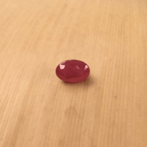 genuine red ruby 6x4mm oval cut 0.5 carats LSG705