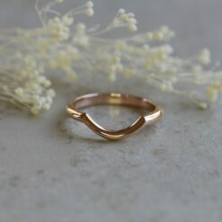 lily contour wedding band plain gold LS6057