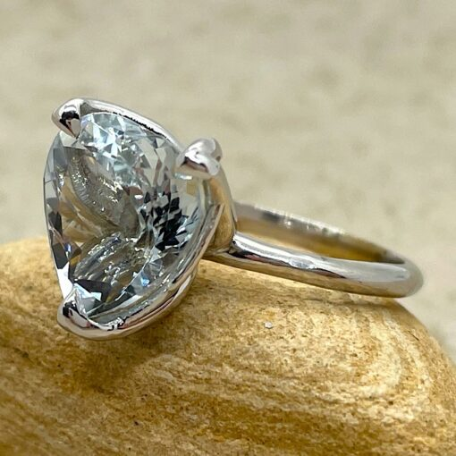 Solitaire Heart Aquamarine Engagement Ring in 18k White Gold LS6480
